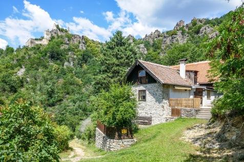 2 Mountain cottage