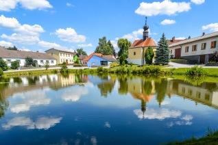 8 Austrian village on the border